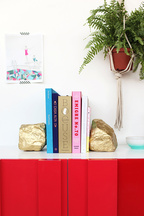 Glam Rock Bookends | Refinery 29