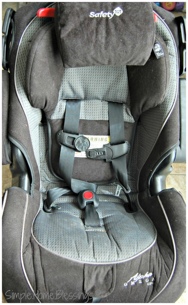 How to Clean a Carseat | Ask Anna Moseley