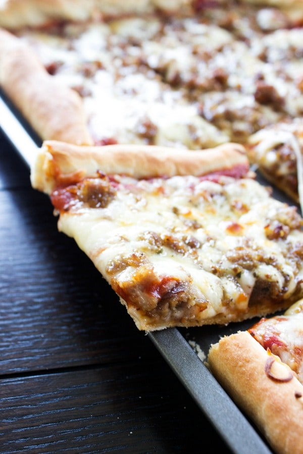 Sheet Pan Pizza | Dash of Sanity