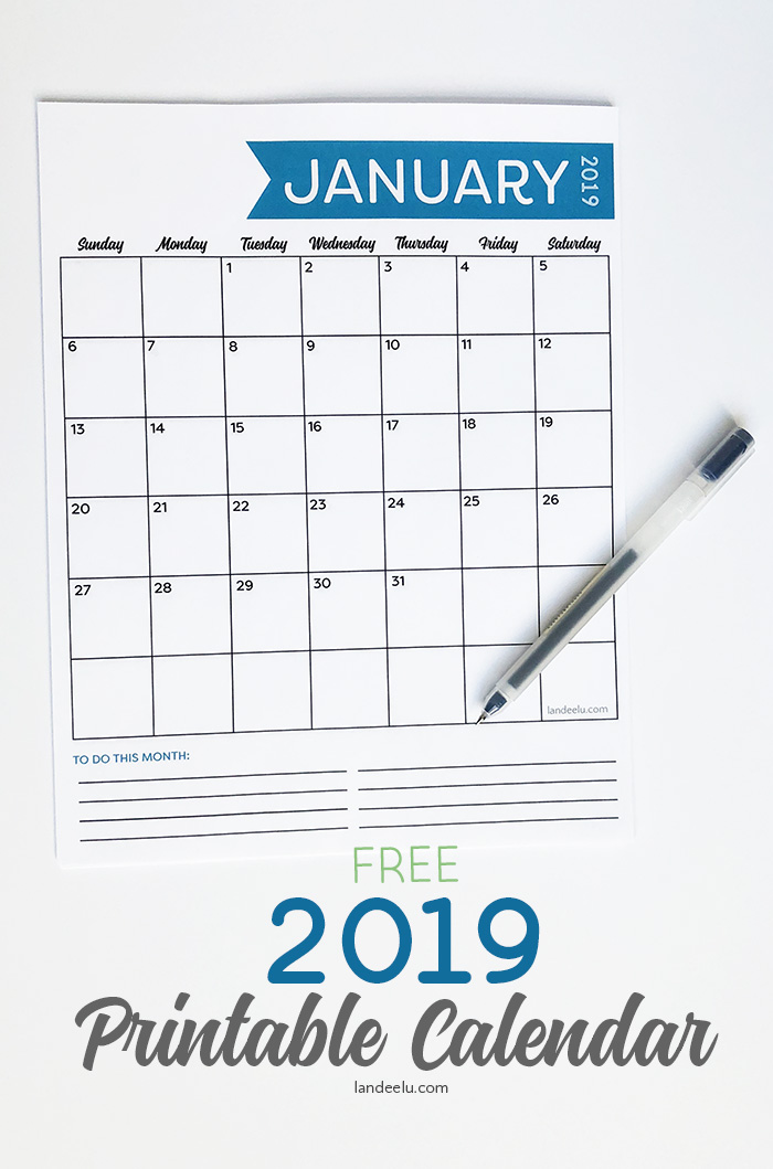 A darling 2019 printable calendar with space for a monthly to do list! Get organized, track habits, keep family activities all in one place. Download and print now for free! #printablecalendar #2019calendar #organizationprintable #organization #calendar #freecalendar