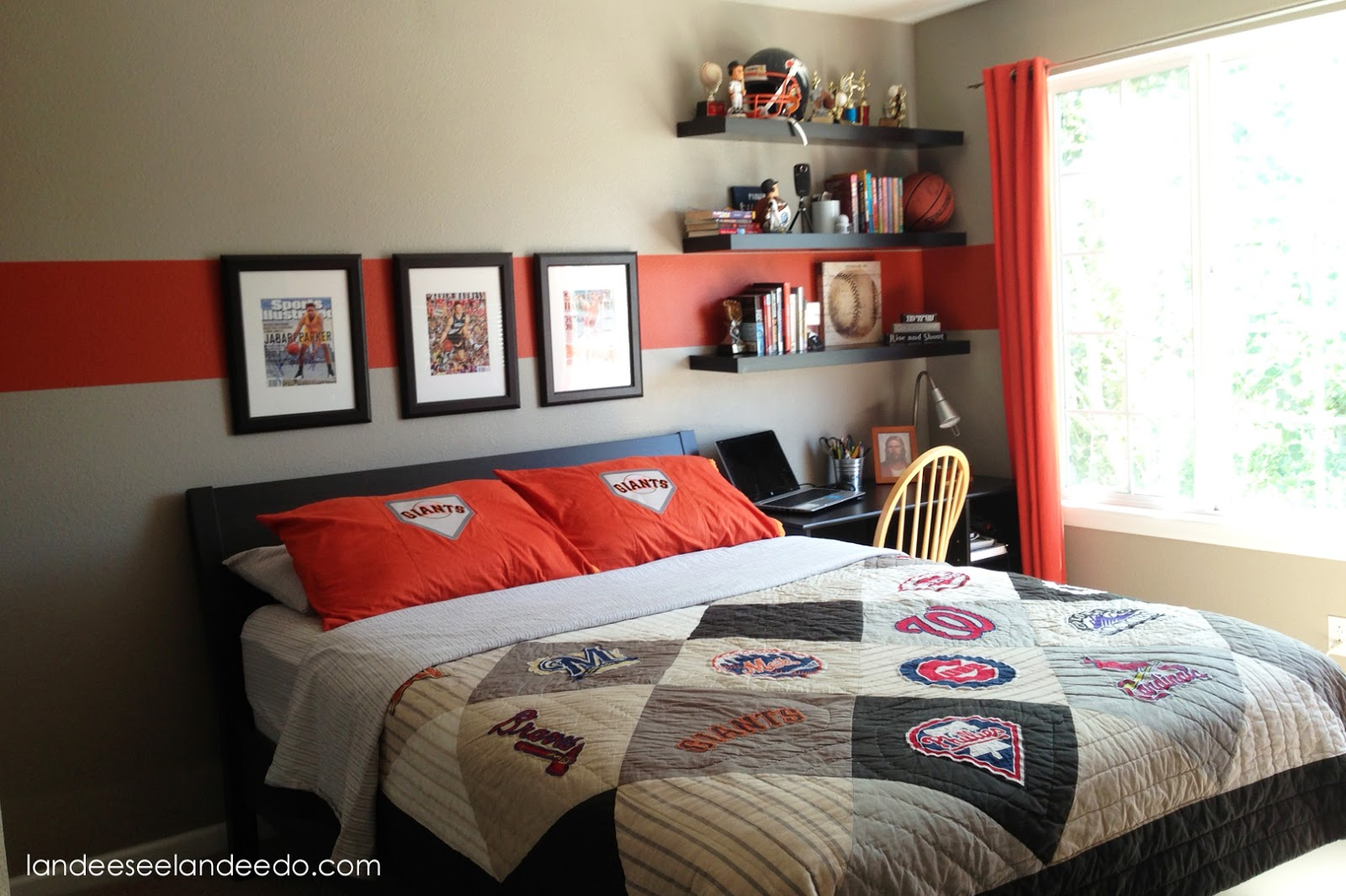 Teen Boy Bedroom Reveal - landeelu.com on Small Bedroom Ideas For Teenage Guys  id=28434