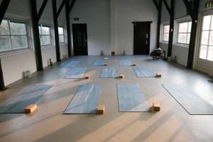 Ein Wochenende Yoga in den Dünen