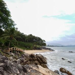 Verwinkelte Buchten beim Khanom Hill Resort