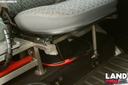 Pour installer les sièges avant à la place de la banquette, Stéphane a conçu un châssis en Inox.