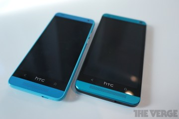 HTC One Mini vs HTC One in Blue