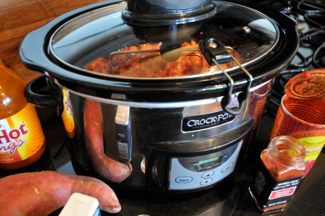 crockpot paleo buffalo chicken chili
