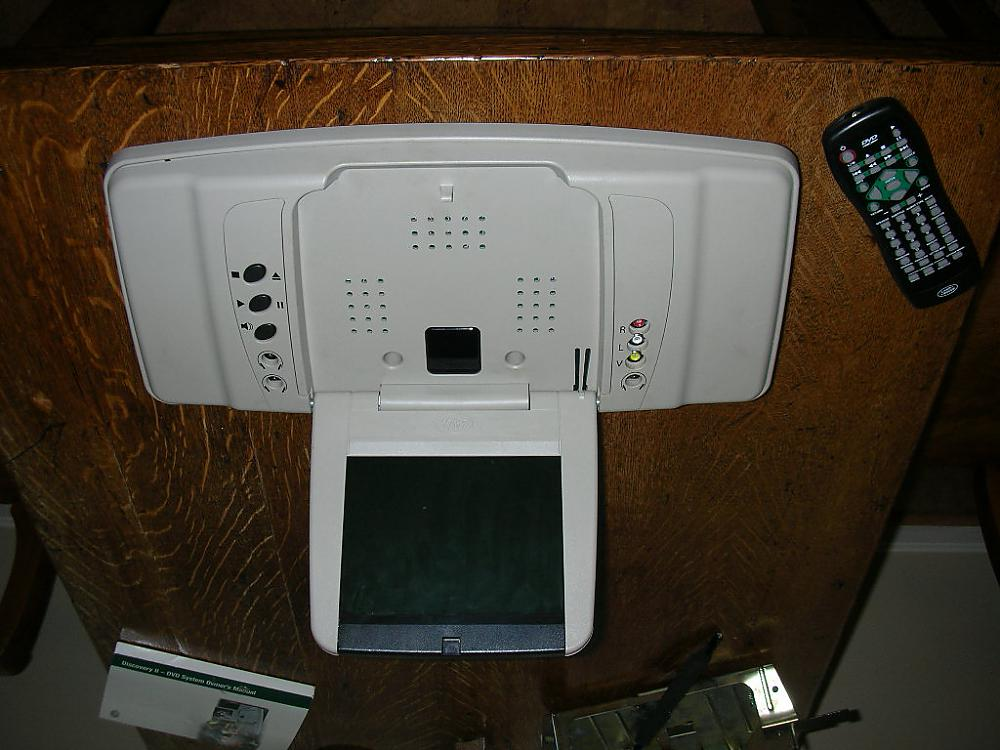 Discovery 2 Dvd Player
