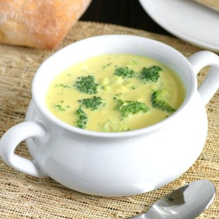 A Vegan Broccoli and Cheese Soup whose cheese-less cheesiness you'll love. Get it while it's hot!