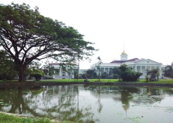 istana bogor - Jadwal Kereta Sukabumi Bogor PP, Mesti Kamu Cek Sebelum Traveling