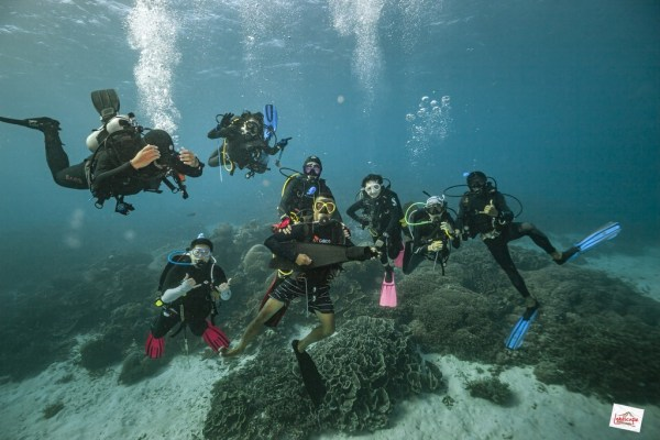 family portrait underwater