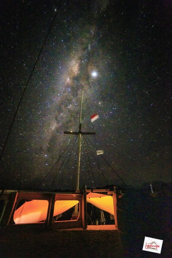 berlayar menuju galaksi