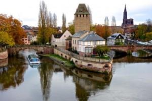 Medieval bridges Ponts Couvert