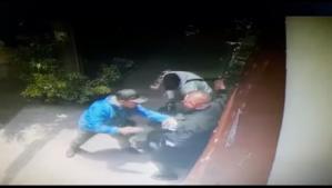 Sujetos roban 219 mil pesos a dos hombres en la CDMX (VIDEO)