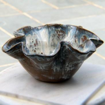 Ruffled Bowl