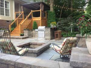 Stone Paver Fire Pit and outdoor kitchen