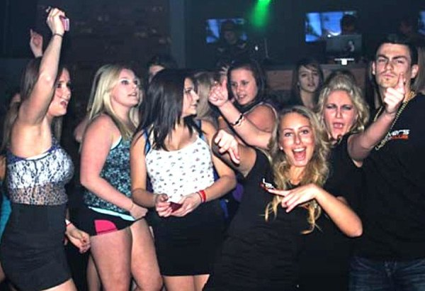 'Ultimate' teen dance club folds – Langley Times