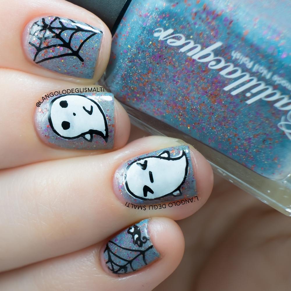 Kawaii Halloween Nails