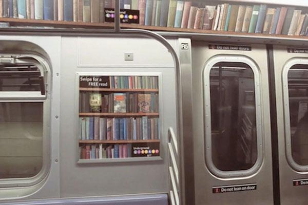 leggere libri in metro