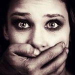 Il male che si deve raccontare per cancellare la violenza domestica – Simonetta Agnello Hornby con Marina Calloni