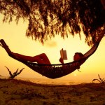 #Libroterapia: Dieci romanzi da leggere sull'amaca