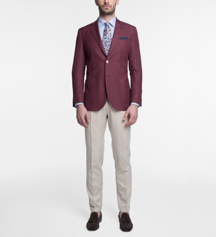 Abito uomo spezzato: giacca bordeaux e pantalone beige