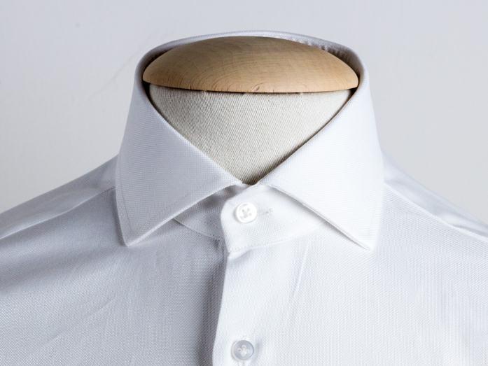 Colletto francese per la camicia