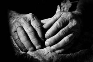 mani contadino