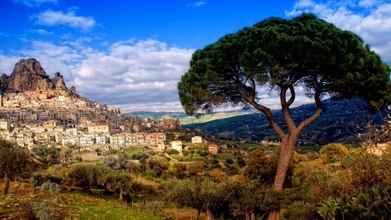 """Il paesaggio, """"capitale turistico"""" del territorio siracusano"""