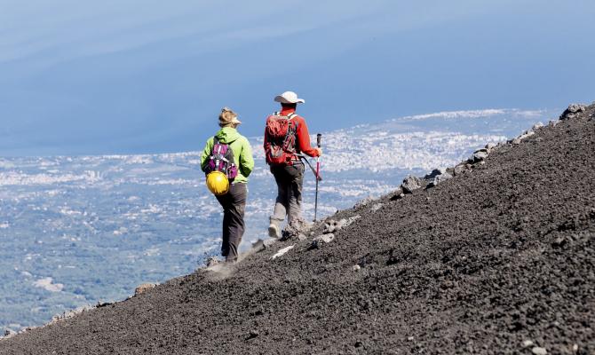 Novanta chilometri intorno all'Etna, trekking di quattro o cinque giorni