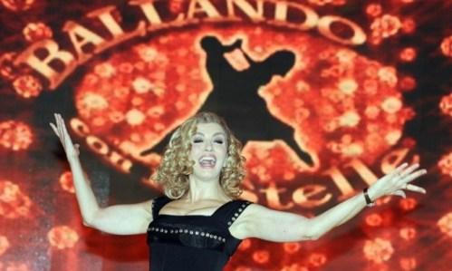 Milly Carlucci Ballando con le stelle Rai1 Foto
