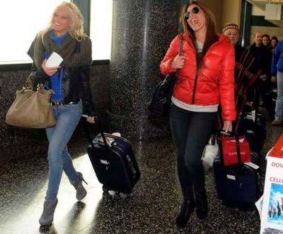guendalina tavassi ed eliana cartella all'aereoporto