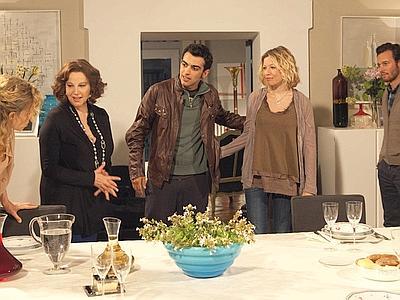 Stefania Sandrelli in Una grande famiglia