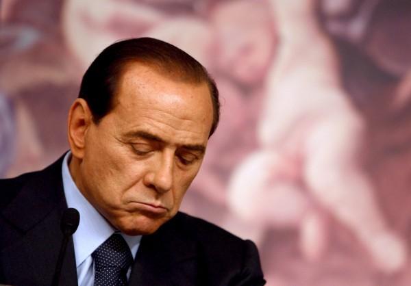 Berlusconi si ricandida