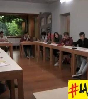 Foto di La Scimmia prima lezione di Italiano