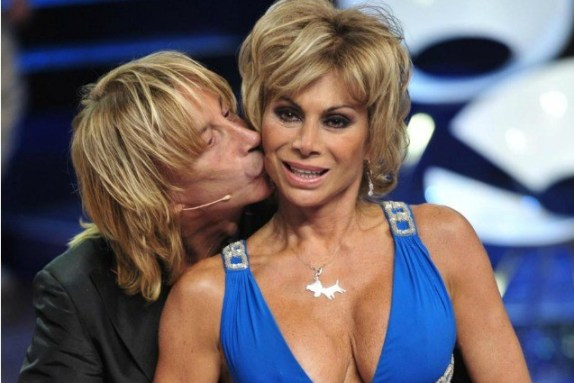 Carmen Russo ed Enzo Paolo Turchi: la nascita di Maria sarà un reality show