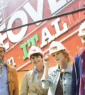 Foto di Extreme Makeover Home Edition Italia team di lavoro