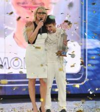 Maria De Filippi e il vincitore di Amici Moreno Donadoni