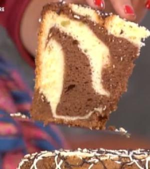 foto torta soffice bicolore