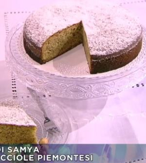 foto torta di nocciole piemontesi
