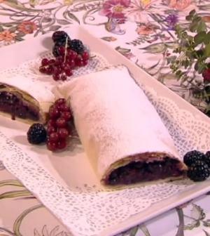 Le Ricette Di Samya Mattino 5 Strudel Ai Frutti Di Bosco Lanostratv