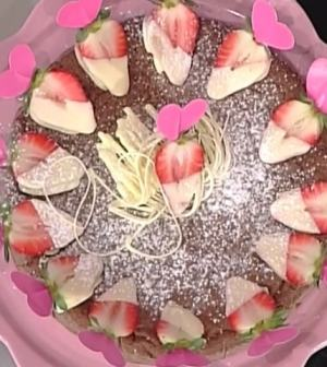 foto torta cioccolato riso fragole