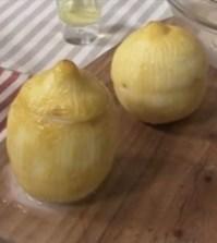 foto limoni ripieni cotto e mangiato
