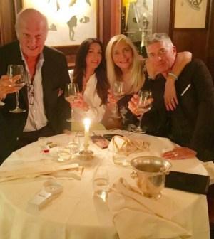 Foto Mara Venier con Nicola e amici