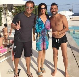 Manuela Arcuri in compagnia di Pio & Amedeo