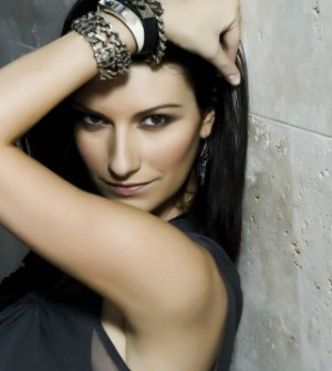 Laura Pausini si gode il suo successo lavorativo e nella vita privata