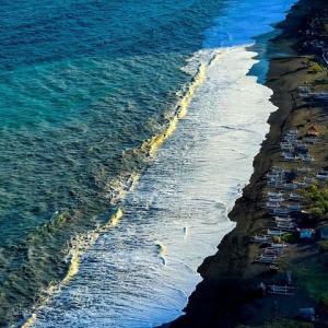 foto Raz Degan spiaggia