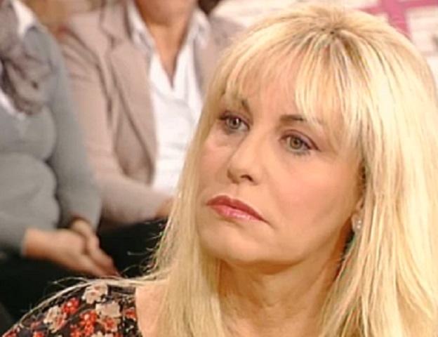 Il lutto privato e straziante di Antonella Clerici:
