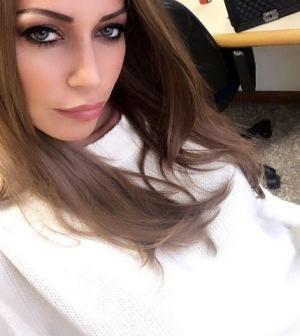 foto Karina Cascella in camerino