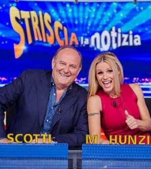 foto scotti Hunziker striscia la notizia Ficarra e picone