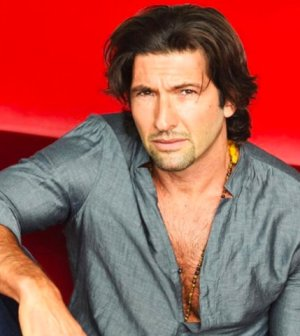 foto walter nudo concorrente GF Vip Ilary Blasi